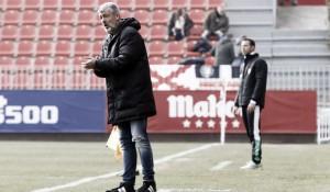 """Óscar Fernández advierte: """"Los de atrás ganan y como no empecemos a ganar, cuidado"""""""
