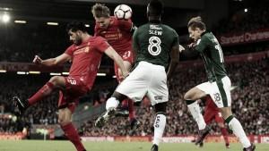 El Liverpool sufre más de lo esperado pero pasa de ronda