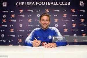 Chelsea complete Rob Green move