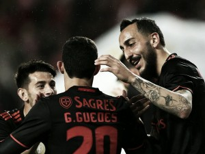 Benfica sucumbe por primera vez en Liga.
