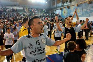 Kike Barroso rescinde su contrato con Uruguay Tenerife