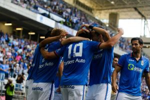 Un Real Oviedo arrollador acaba con el sueño del Guijuelo