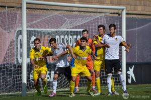 Lleida Esportiu - Valencia Mestalla: levantarse y seguir escalando