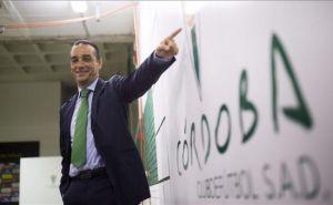 Bienvenida a José Luis Oltra y adiós a Pinillos