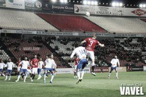 UE Olot - Real Zaragoza B: la salvación no puede alejarse más