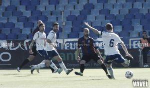Huracán Valencia - Real Zaragoza B: campo difícil para seguir remando