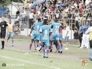 Universitario de Popayán derrotó en el último minuto al Atlético Bucaramanga
