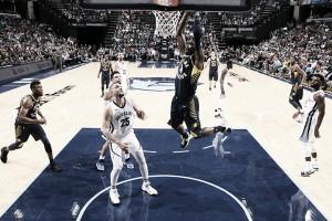 NBA - I Bucks vincono contro i Pistons; Pacers corsari a Memphis