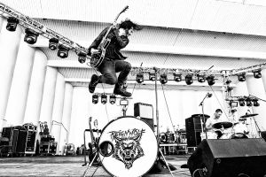 Reignwolf lanza 'Lonely Sunday'