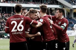 Hannover entra no G-3 e afunda o Erzgebirge Aue na 2. Bundesliga