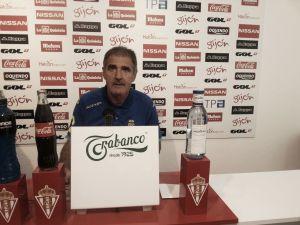 """Paco Herrera: """"Hay mucha gente que merece estar en la convocatoria"""""""
