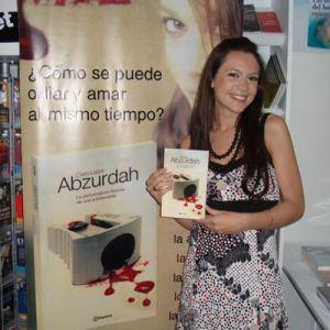 'Abzurdah', la pertubada historia de una adolescente