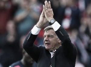 Allardyce hails defence after Sunderland narrowly defeat Palace