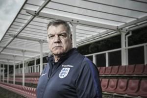 Sam Allardyce deja de ser seleccionador de Inglaterra