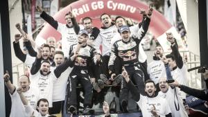 Oiger y el equipo M-Sport disfrutan del triplete logrado en Gales