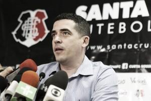 """Vice-presidente, Constantino Júnior cobra empenho do Santa Cruz: """"Vontade será fundamental"""""""