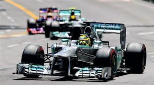 Nico Rosberg s'impose sur le Rocher
