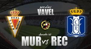 Real Murcia - Recreativo de Huelva: La permanencia se le resiste al Decano
