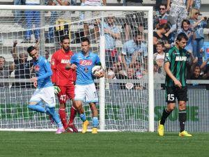 Il Napoli ritorna alla vittoria, Sassuolo domato per 0-1. Decide Callejon