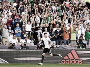 EM 2016 | 'Die Mannschaft' schlägt Slowakei und sichert Platz im Viertelfinale