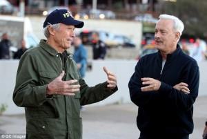 Tom Hanks demuestra la buena relación con Clint Eastwood