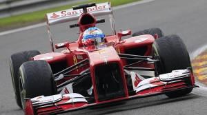 Fernando Alonso encabeza los primeros libres de Spa