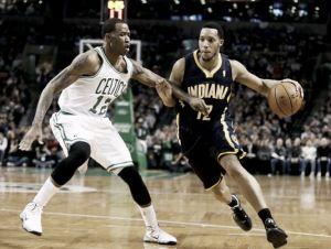 Evan Turner acuerda jugar para los Celtics