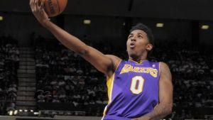 Swaggy P suona la carica, i Lakers rispondono