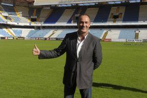 Víctor Fernández, veterano entre 'novatos' en Primera