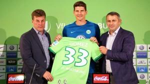 Mario Gómez firma con el Wolfsburgo