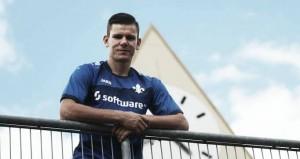 Darmstadt complete the signing of Slovenian striker Roman Bezjak