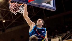 La estrella rival: Giorgi Shermadini