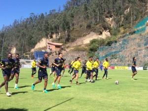 La Selección Ecuatoriana de Fútbol busca recuperarse ante Perú