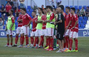 Un espeso Real Murcia no pasa del empate ante el Villanovense