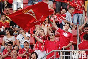 El Real Murcia pone el juego y el Celta 'B' el acierto