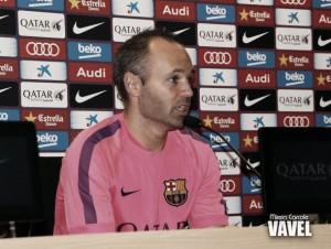 """Iniesta: """"Si Messi no está en condiciones de jugar el Clásico, no lo hará"""""""