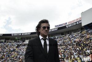 El silencio que desnuda a Rubén Omar Romano