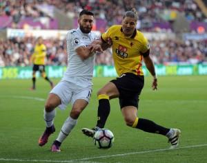 Premier League - La partita si accende tardi, Watford e Swansea non si fanno male (0-0)