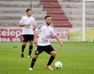 El Mérida gira sobre Antonio Romero