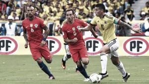 Colombia complica su clasificación al empatar con Chile en casa