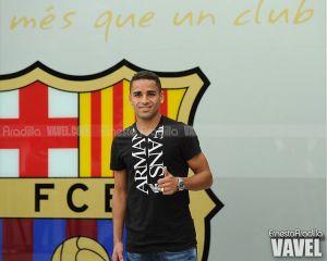 """Douglas: """"Soy muy feliz por representar la camiseta de este club"""""""
