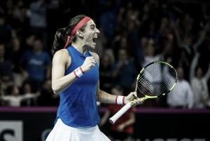 Fed Cup: Caroline Garcia gives France hope after defeating Petra Kvitova in straight sets