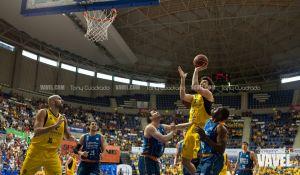 Fotografías e imágenes del Iberostar Tenerife - Valencia Basket, jornada 32 de la Liga Endesa