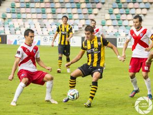 Gerardo Carrera anota el gol de la jornada 4 enSegunda División B