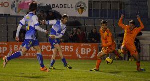 El Sabadell sufre, pero gana
