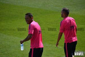 Adriano no estará ante el Ajax