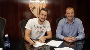 Kuzmanovic reforzará el centro del campo.
