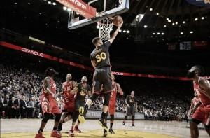 Resumen NBA: los Rockets tampoco fueron rival para los Warriors
