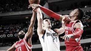 Resumen NBA: Dallas deja a los Rockets contra las cuerdas y Detroit da un paso adelante