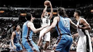 Resumen NBA: los Spurs acaban con un récord de 40-1 en casa